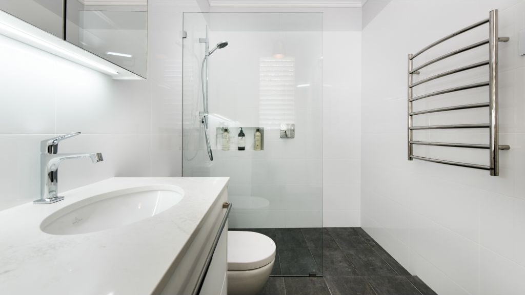 Top 5 Tips for a Small Bathroom Renovation. Top 5 Tips for a Small Bathroom Renovation   Lavare Bathrooms