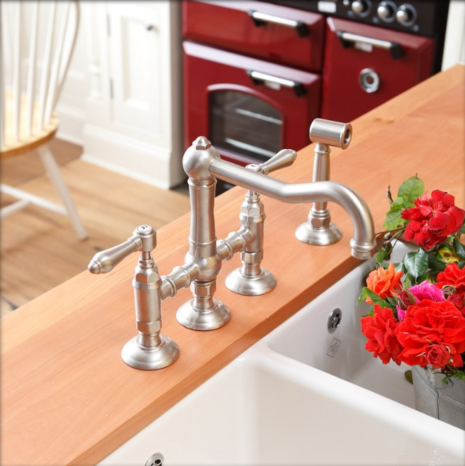 nicolazzi-classic-kitchen-3-hole-tap-set
