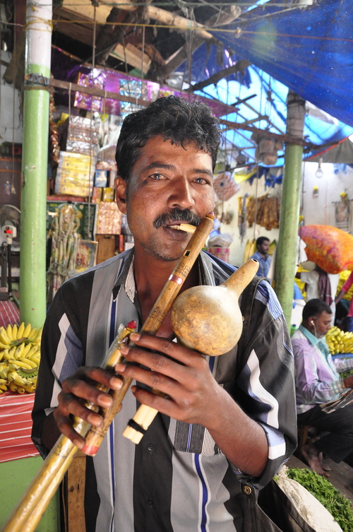 . ... He had some flutes to sell and even demonstrated their worthiness with a quick tune. I declined the offer of being allowed to buy one even though the price was a reasonable 100 rupees each.