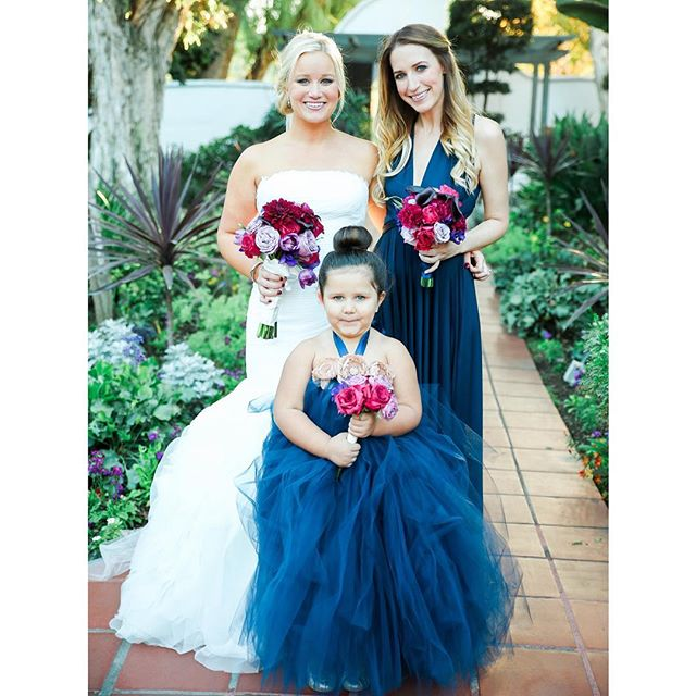 It's officially wedding season! Throw back to my cousins beautiful California wedding. She was a gorgeous bride, and my niece was the cutest little flower girl 💕#hairbybay #carlinwedding2015