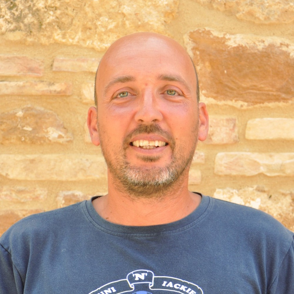 Lorenzo Moschini   Vine grower | Tractor driver