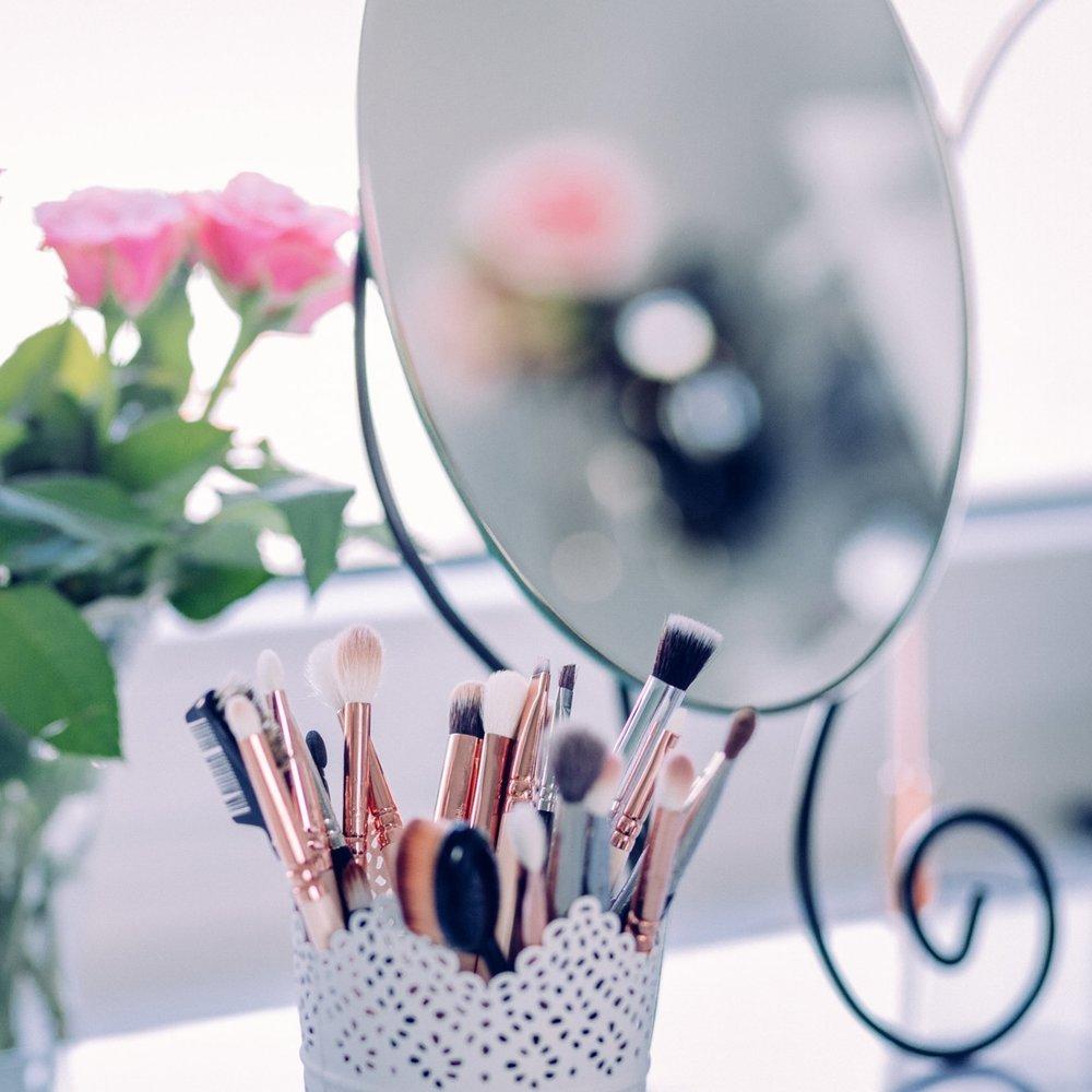 closeup makeup.jpg