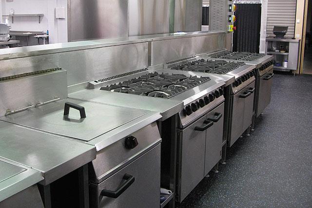 Commercial-Kitchen-Flooring-9.jpg