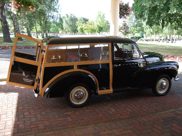 traveller hearse.JPG