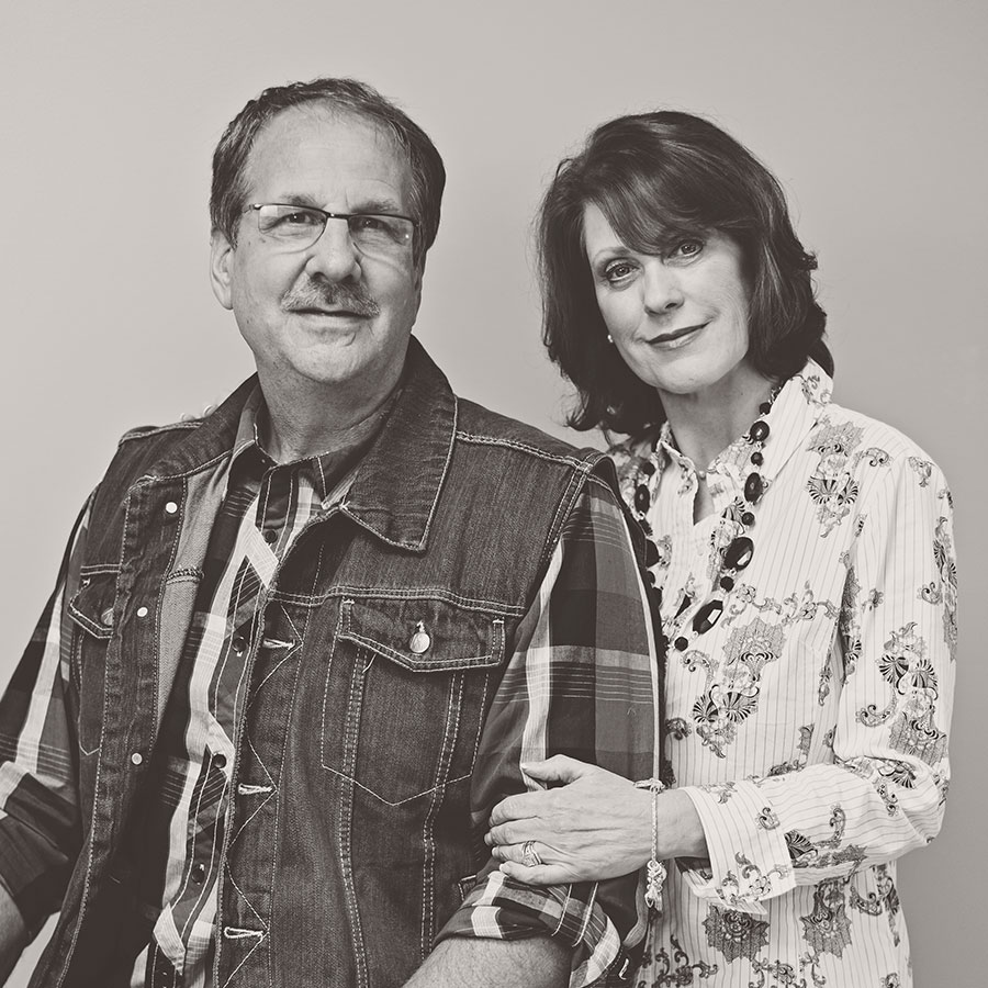 Ron & Debi Lee Connect & Care Pastor Ron and Debi serve together as the Connect and Care Pastors. Their desire is to see people connect to the vision and family of Calvary Church. In addition they oversee teams to help serve and care for the body in all seasons of life.