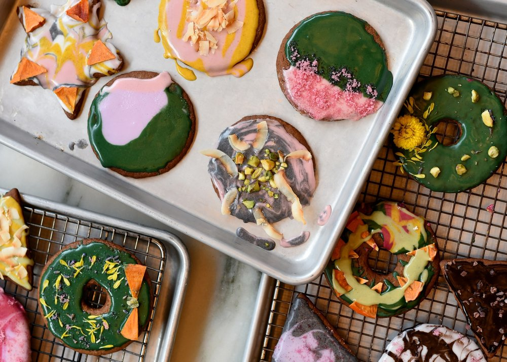 New York's Coolest Pastry Chef Explains How to Make All-Natural Food Coloring for Holiday Cookies    Vogue