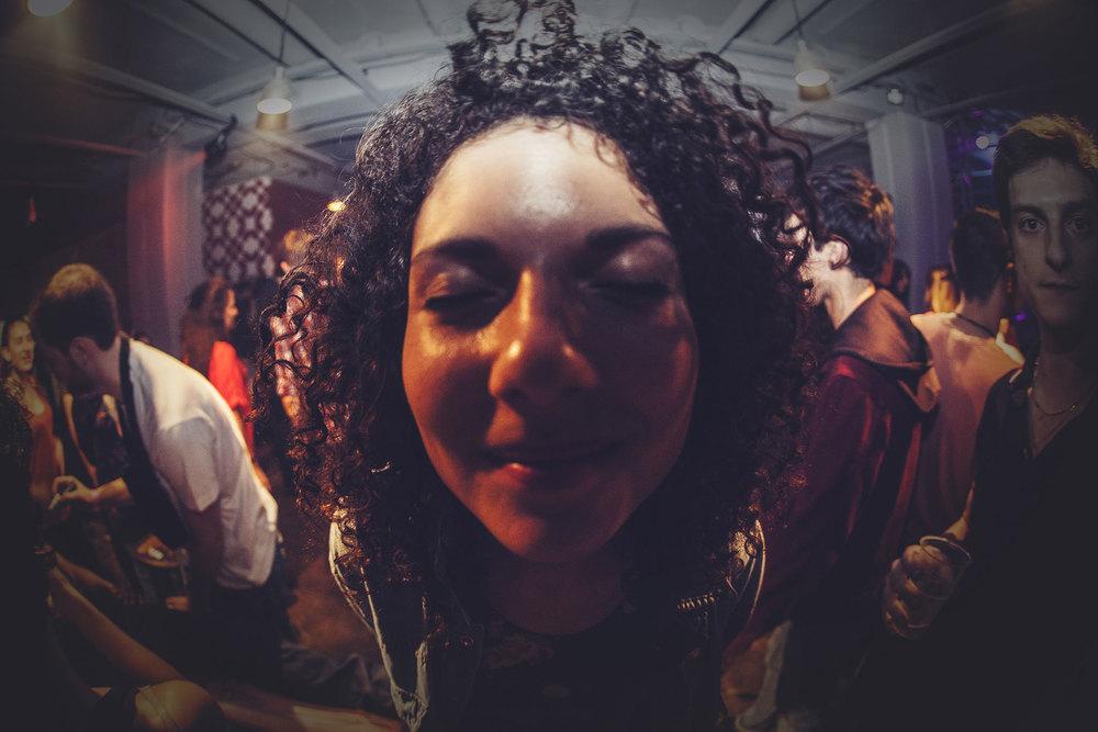 Soukmachines présente Voodoo Souk, concerts envoutants, cousins chamans venus tout droit du Brésil, installations magiques, cabaret sensuel hypnotique, djsets tropicaux-psychedeliques…