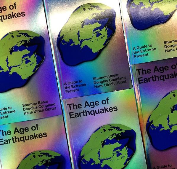The Age of Earthquakes Hans-Ulrich Obrist, Douglas Coupland &Shumon Basar - Anbefalet af Rasmus Quistgaard, programchef TALKS & ART