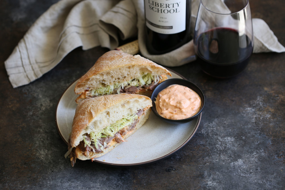 greek lamb sandwich