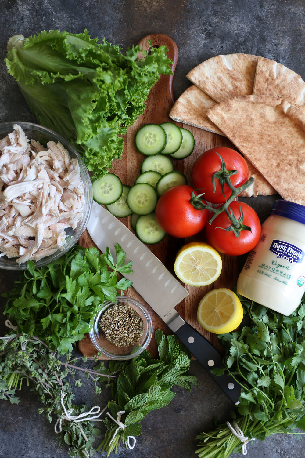 za'atar herb chicken salad pita ingredients