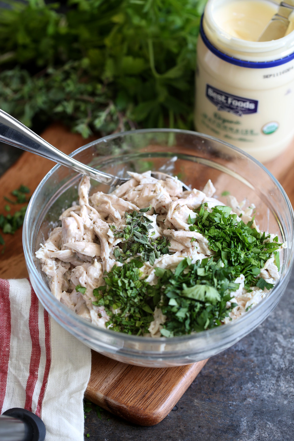 za'atar herb chicken salad process