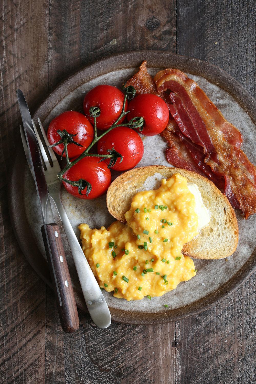 soft scrambled eggs plate