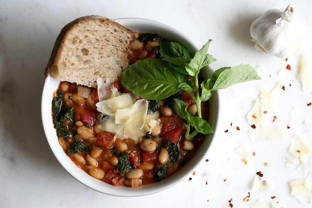 white bean and kale tomato soup