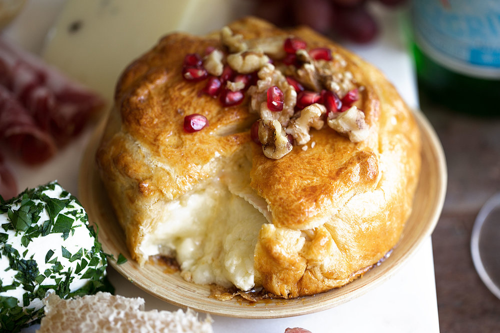 baked brie perfect appetizer for parties