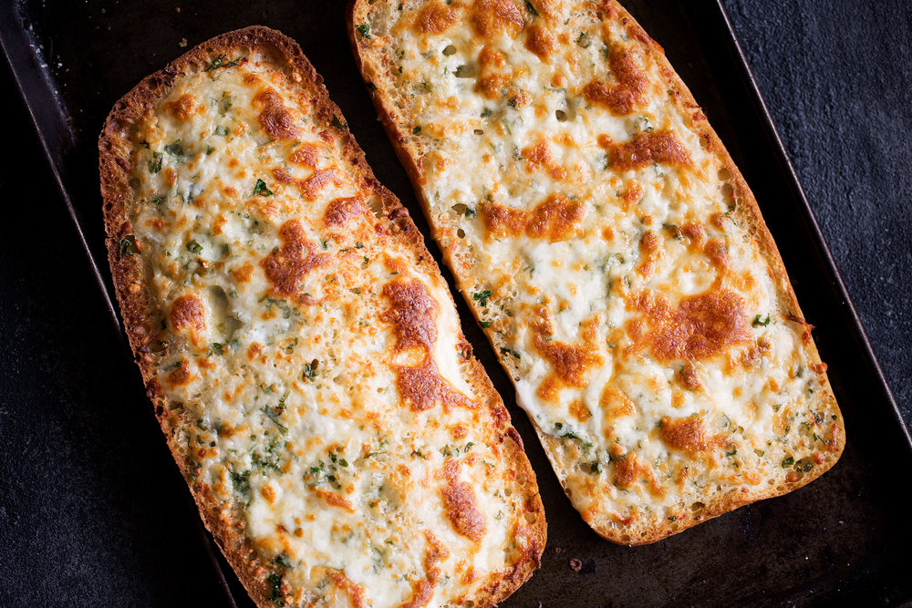 baked cheesy garlic bread