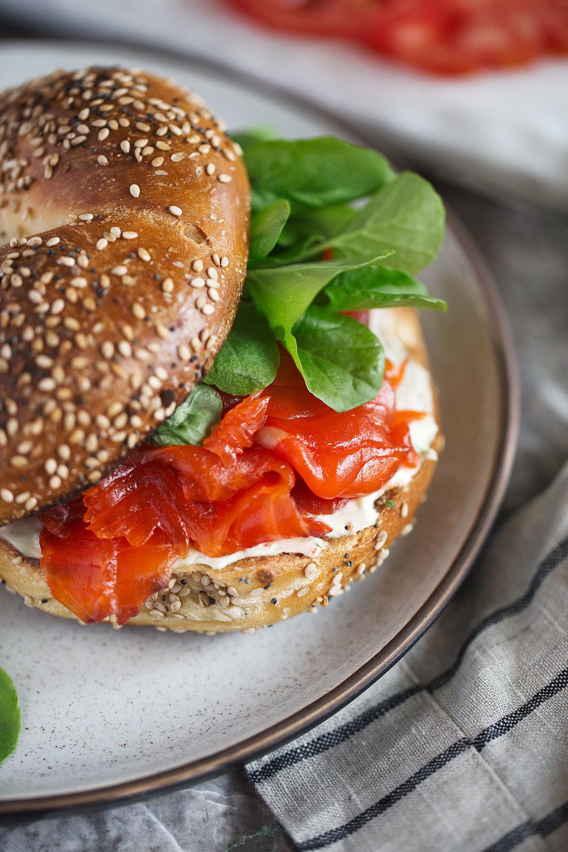 cured salmon gravlax bagel