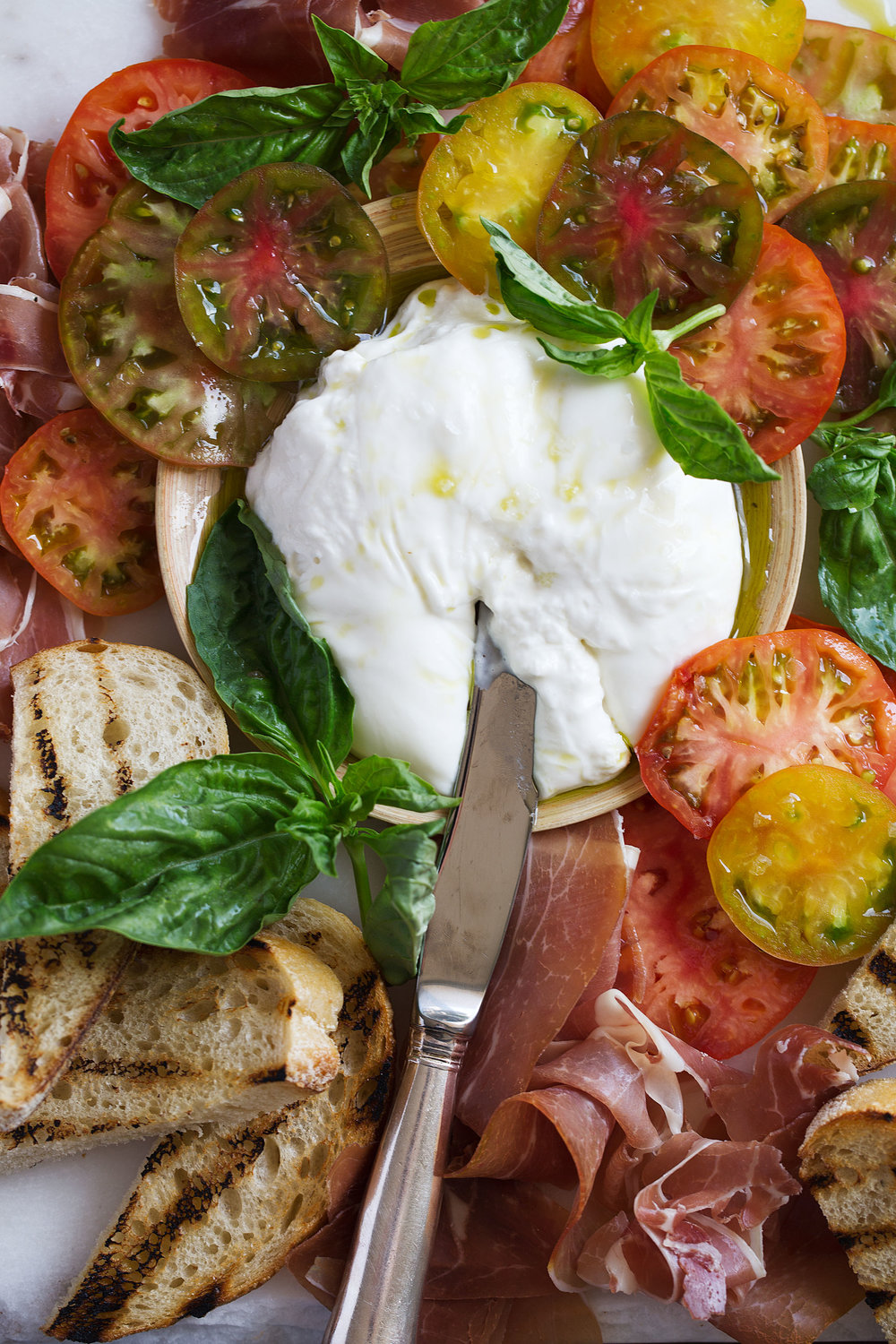 closeup burrata cheese