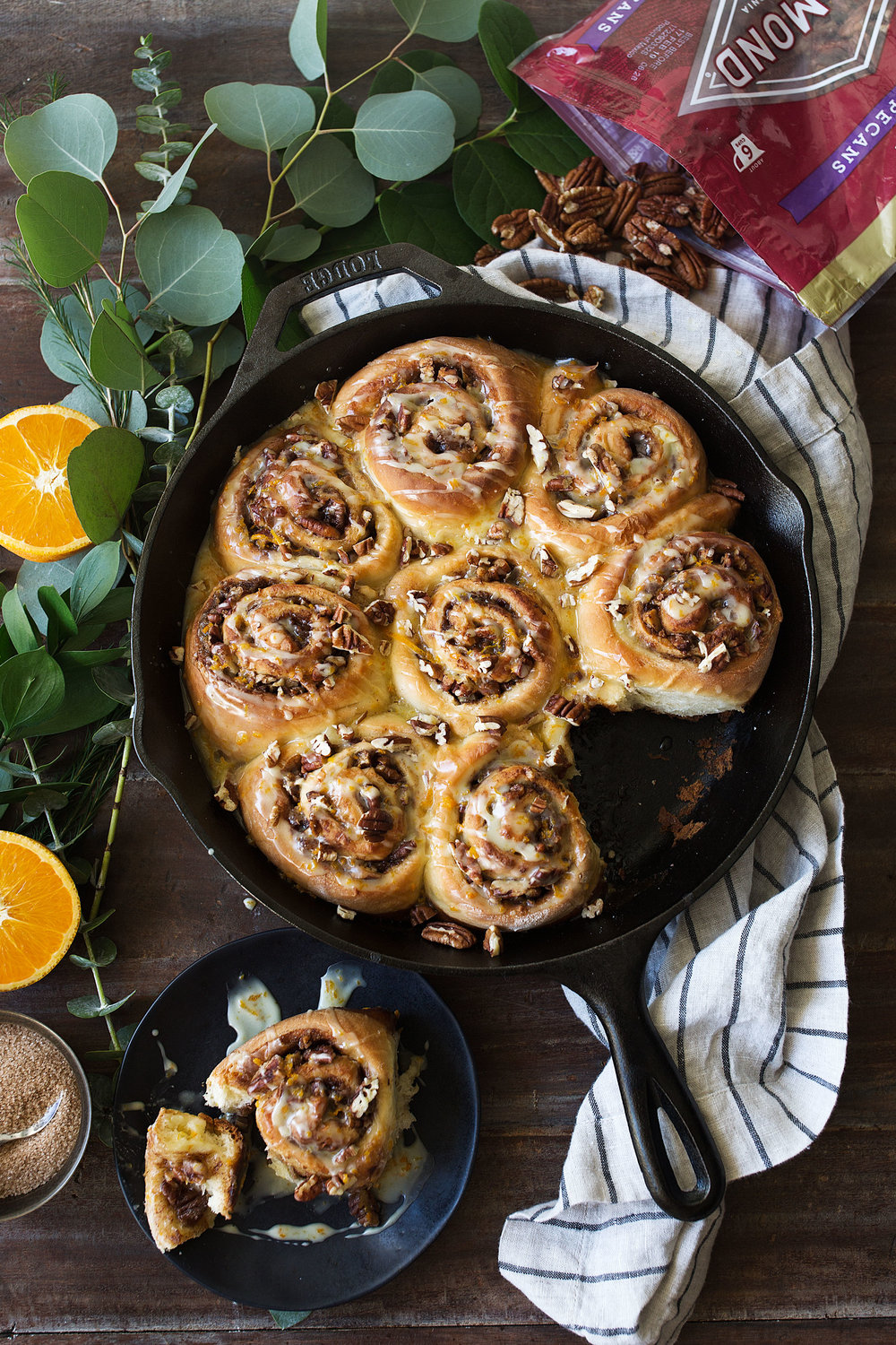 orange pecan sticky buns recipe from cooking with cocktail rings