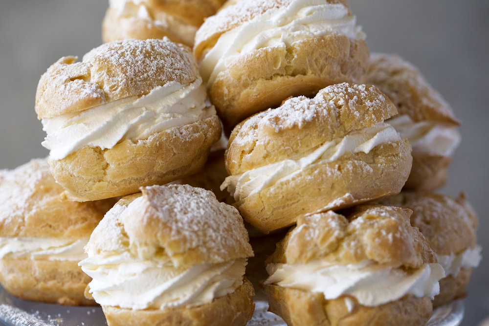 cream puffs closeup cooking with cocktail rings