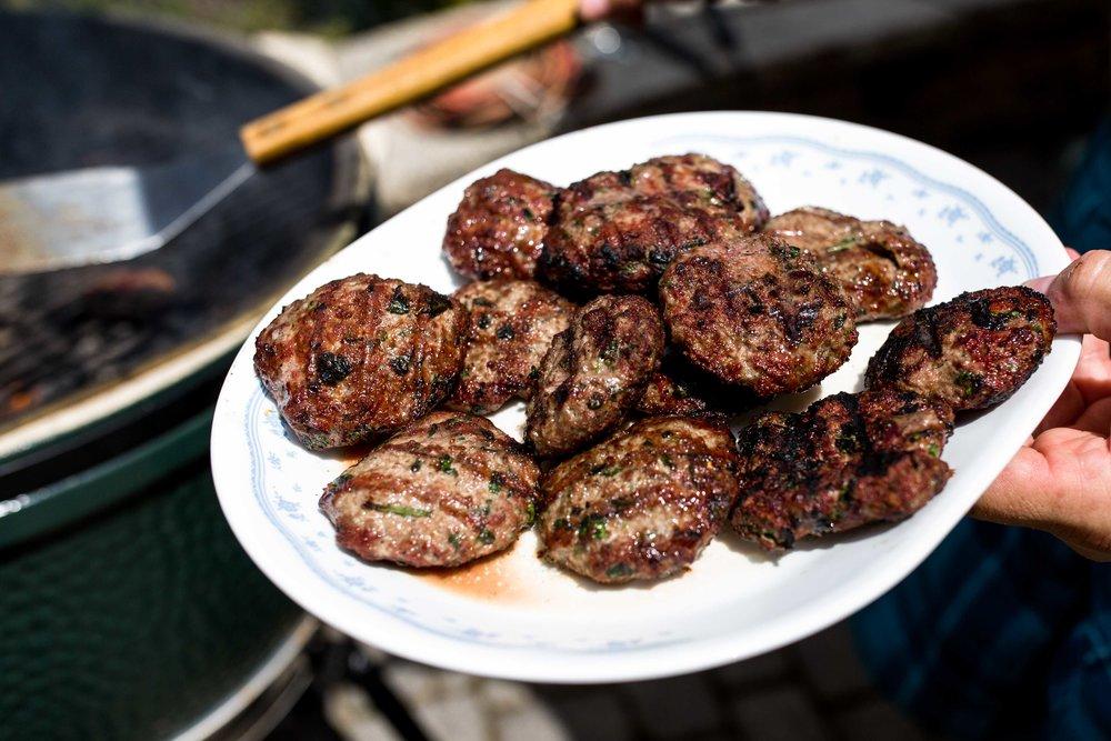 grilled lamb burgers american lamb board
