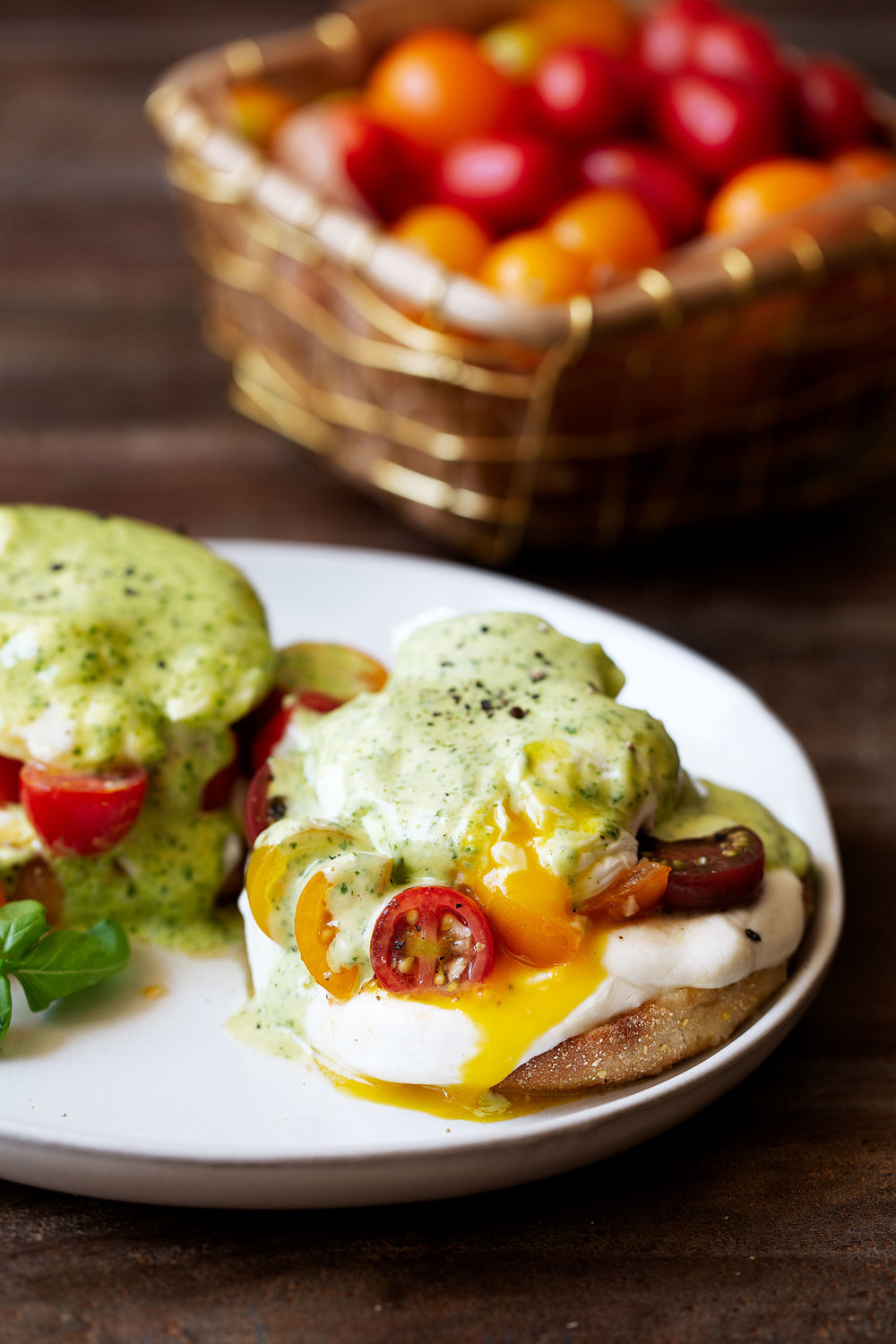 BelGioioso caprese eggs benedict with basil hollandaise recipe from cooking with cocktail rings