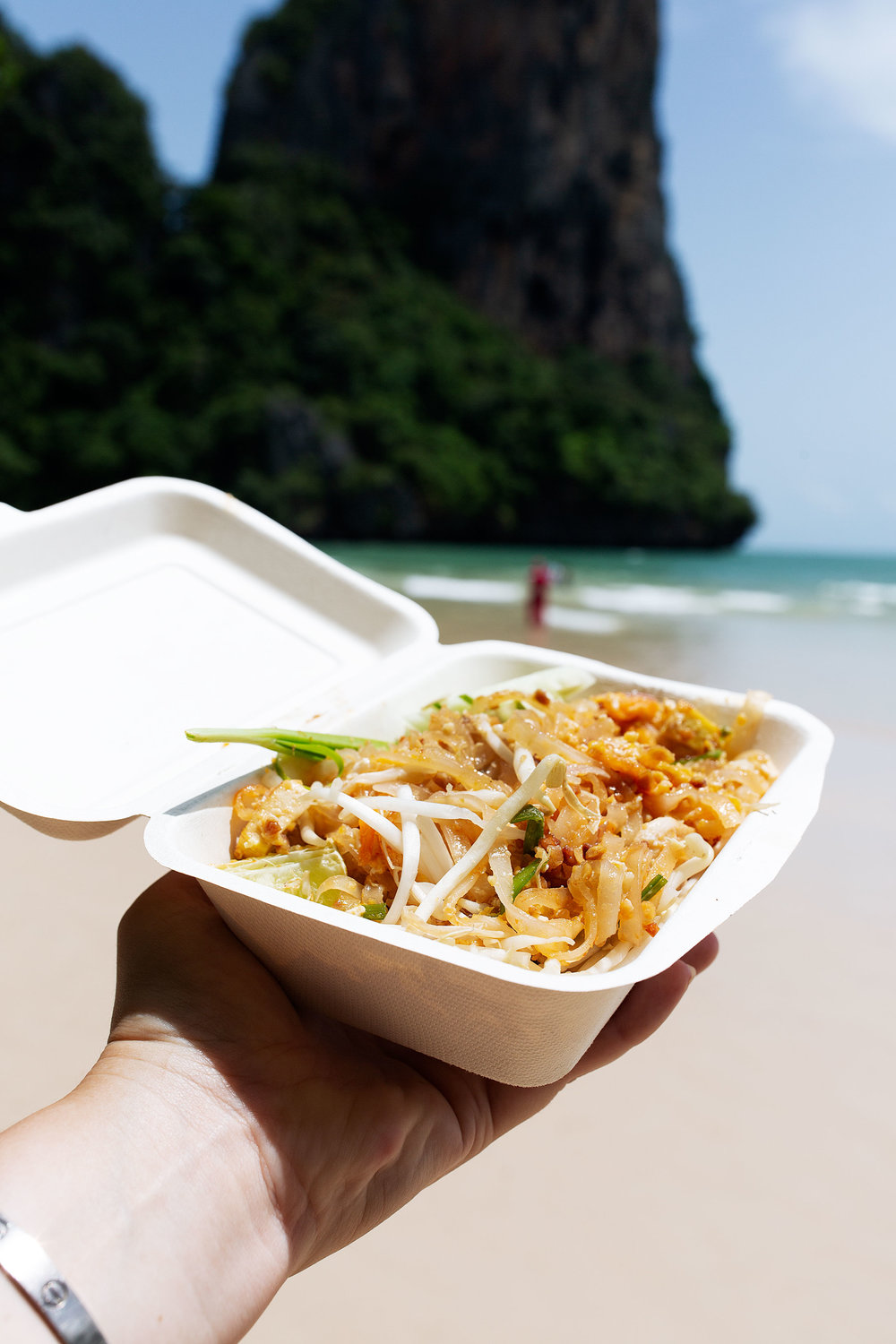 pad thai cooking with cocktail rings railay beach thailand
