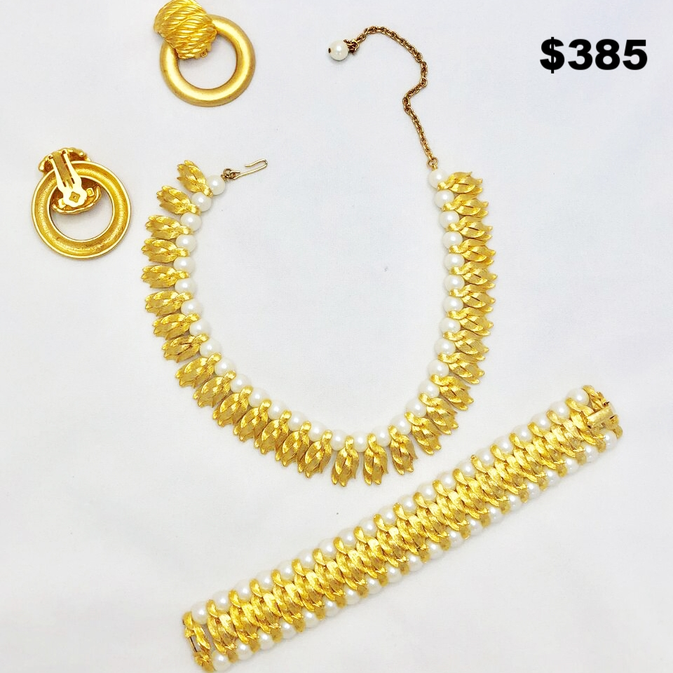 Gold Tone & Pearl Set