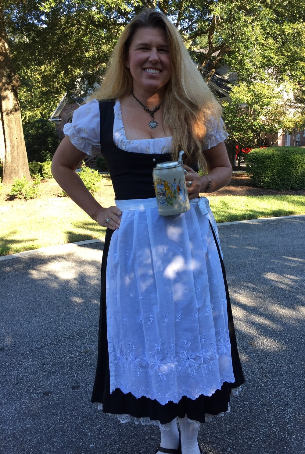 Yes I am that nerd who wears a dirndl to Oktoberfest, even in the US.