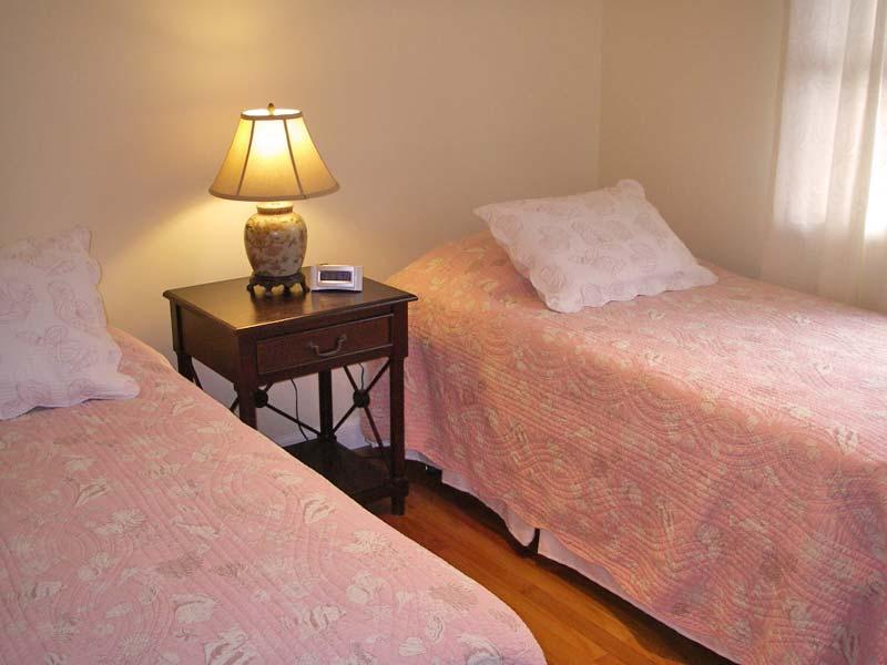 Bed#2.jpg