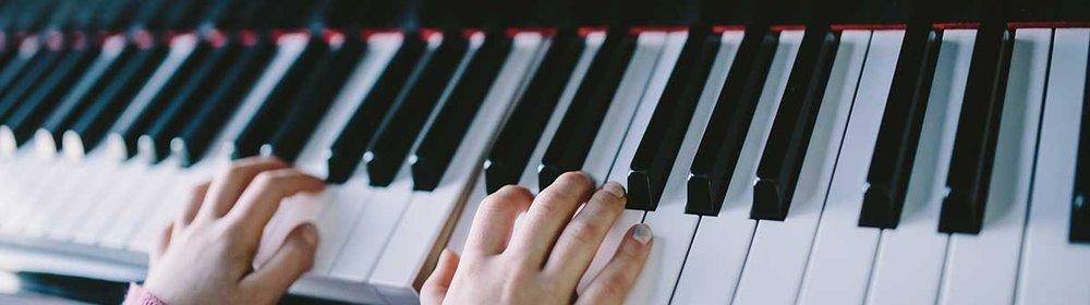 Piano-3.jpg