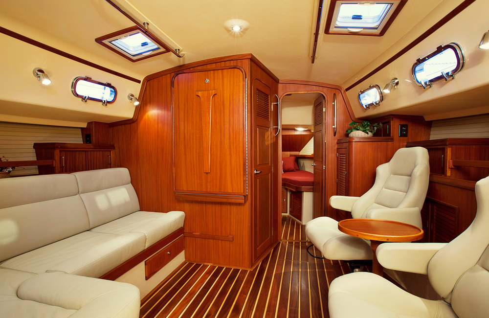 Source: http://ipy.com/wp-content/themes/ipy/yacht-gallery/360/4.jpg