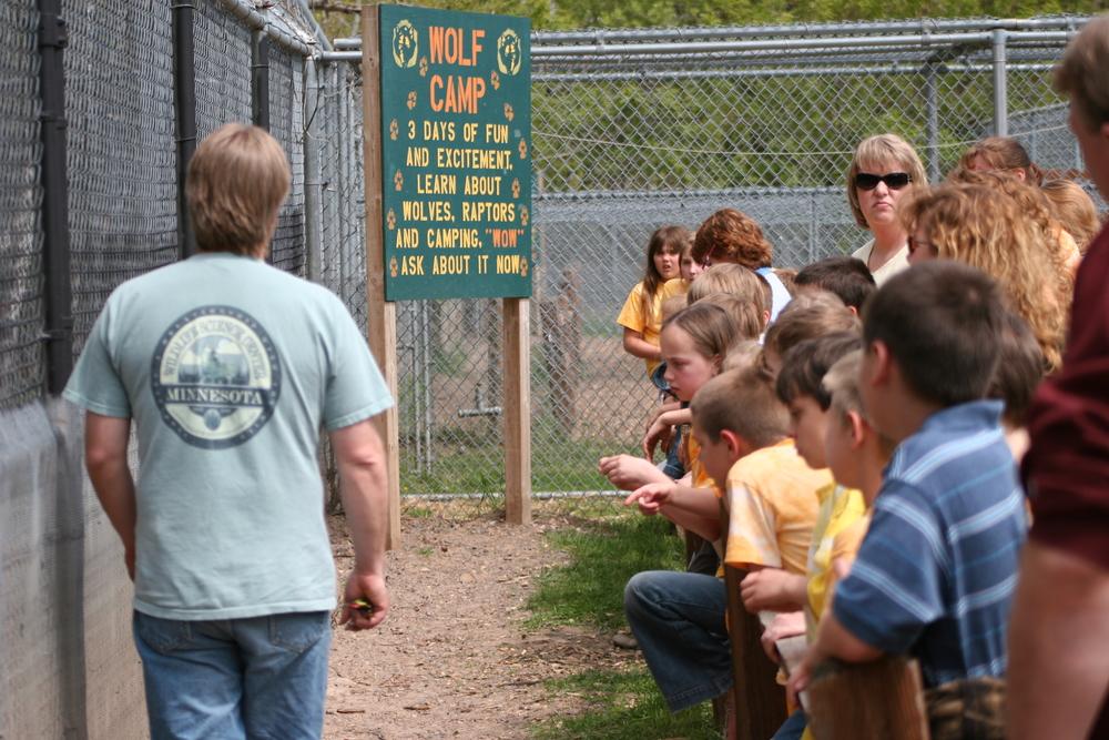 student-field-trip-minnesota-wildlife-animals-tour-WSC-1.jpg