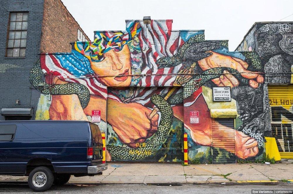 Цветные фасады Нью-Йорка   Фото: varlamov.ru