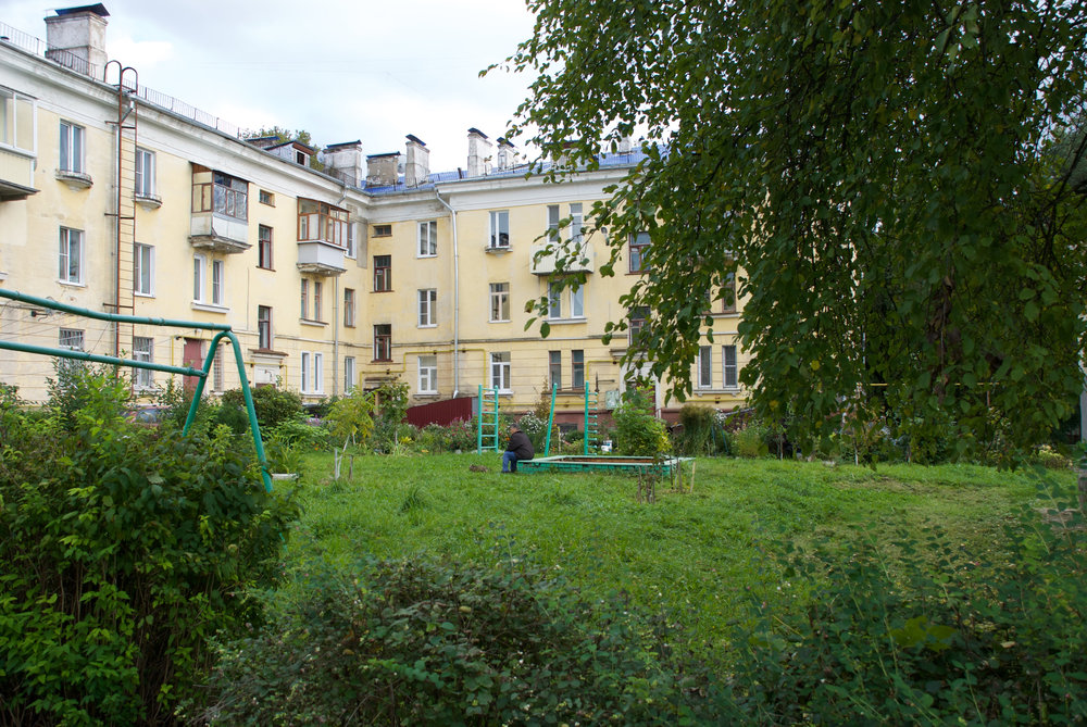 03 Детская площадка в старом городе.jpg
