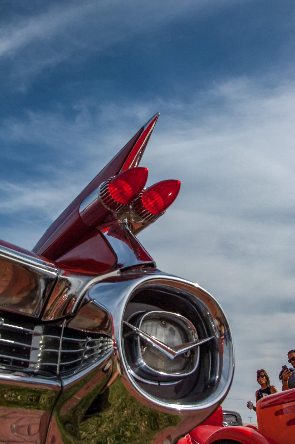 Cadillac-4.jpg