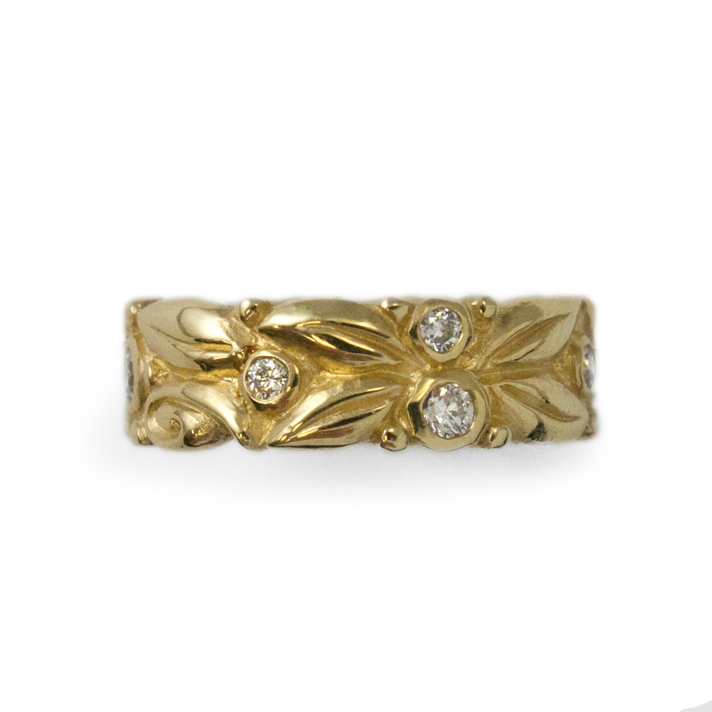 WEDDING carved leaves band gold w dia (1 of 1).jpg