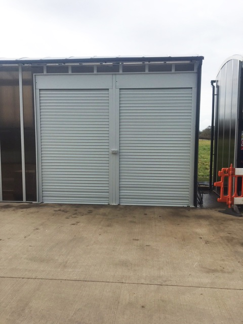 Twin S76 Steel Shutter, Alu Housing.jpg