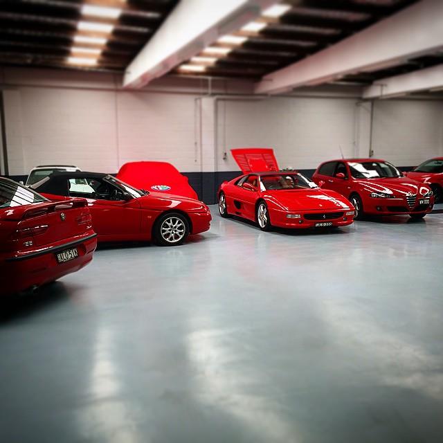 #alfa #automoda #alfaromeo #alfaworkshop #redcars#italiancars#ferrari#355#alfa156#alfa147#alfaspider#fivedock#