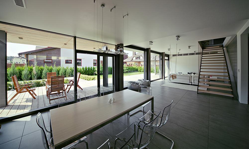 pixelhouse-interior2.jpg