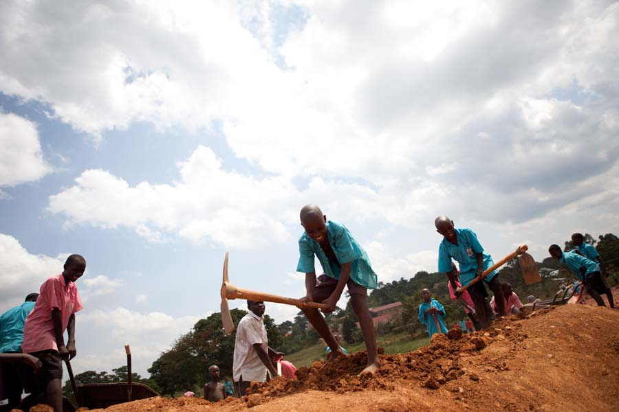 jessicadavisphotography.com | Jessica Davis Photography | Portrait Work in Uganda| Travel Photographer | World Event Photographs 5 (2).jpg