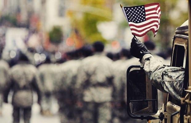 Happy Veterans Day !! • • • • •  #sonsofalohamoving #moverlife #ig_oahu #ig_hawaii #HiLife #keepitmoving #luckywelivehawaii #creativeminds #proudowner #loveyourwork #appreciatethosearoundyou #loveLife #teamwork #makethedreamwork #expanding #Newgoals #steadymoving #beautifullife #loveyourself #loveyourjob #proudowner #foet #familyovereverything #happyveteransday