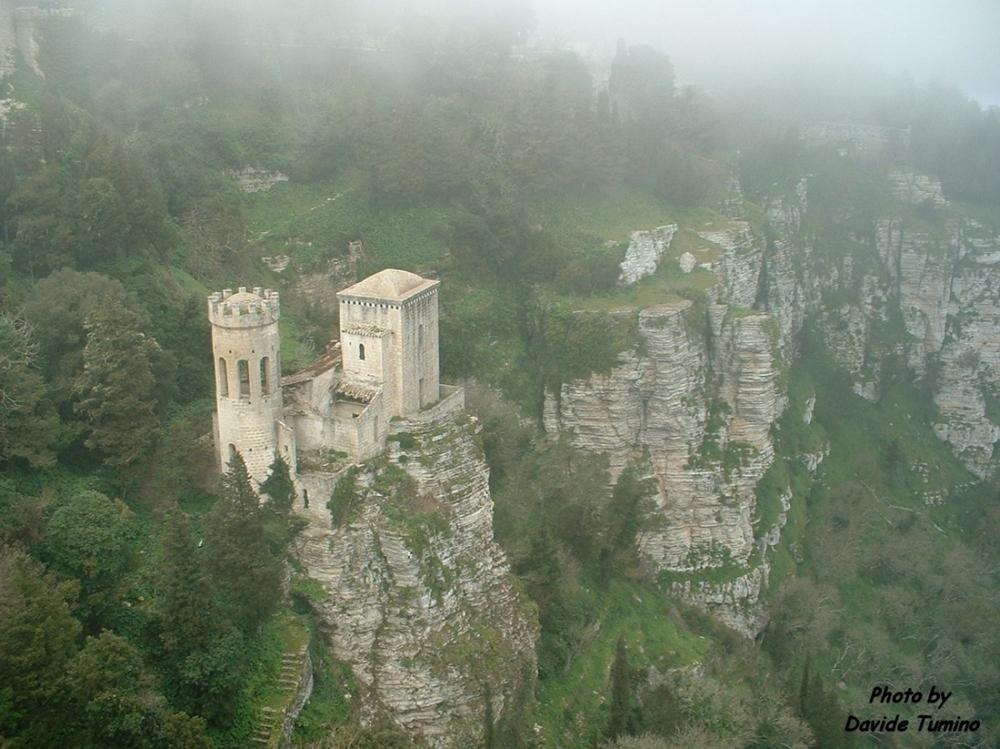 Castello di Pepoli, Erice .jpg