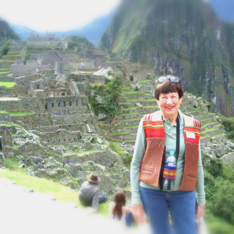 Cynthia, ITMI Alumni 1997, still leading tours in Peru at age 80!