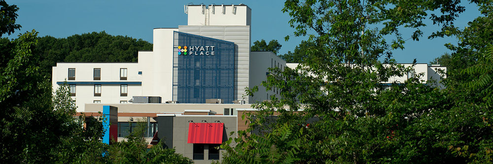 Hyatt-Place-Boston-Braintree-P011-Exterior-Trees-1280x427.jpg
