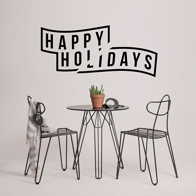 Santa's sleigh skipped your stocking? cheer up and treat yo'self! Stock up guilt free as we've slashed our outdoor suites to half off, and single tables and chairs are have a handy 25% off too. Sale ends when a certain someone awakes from that food coma, so grab what you really want now!