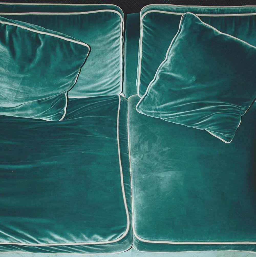 1-velvet-sofa.png