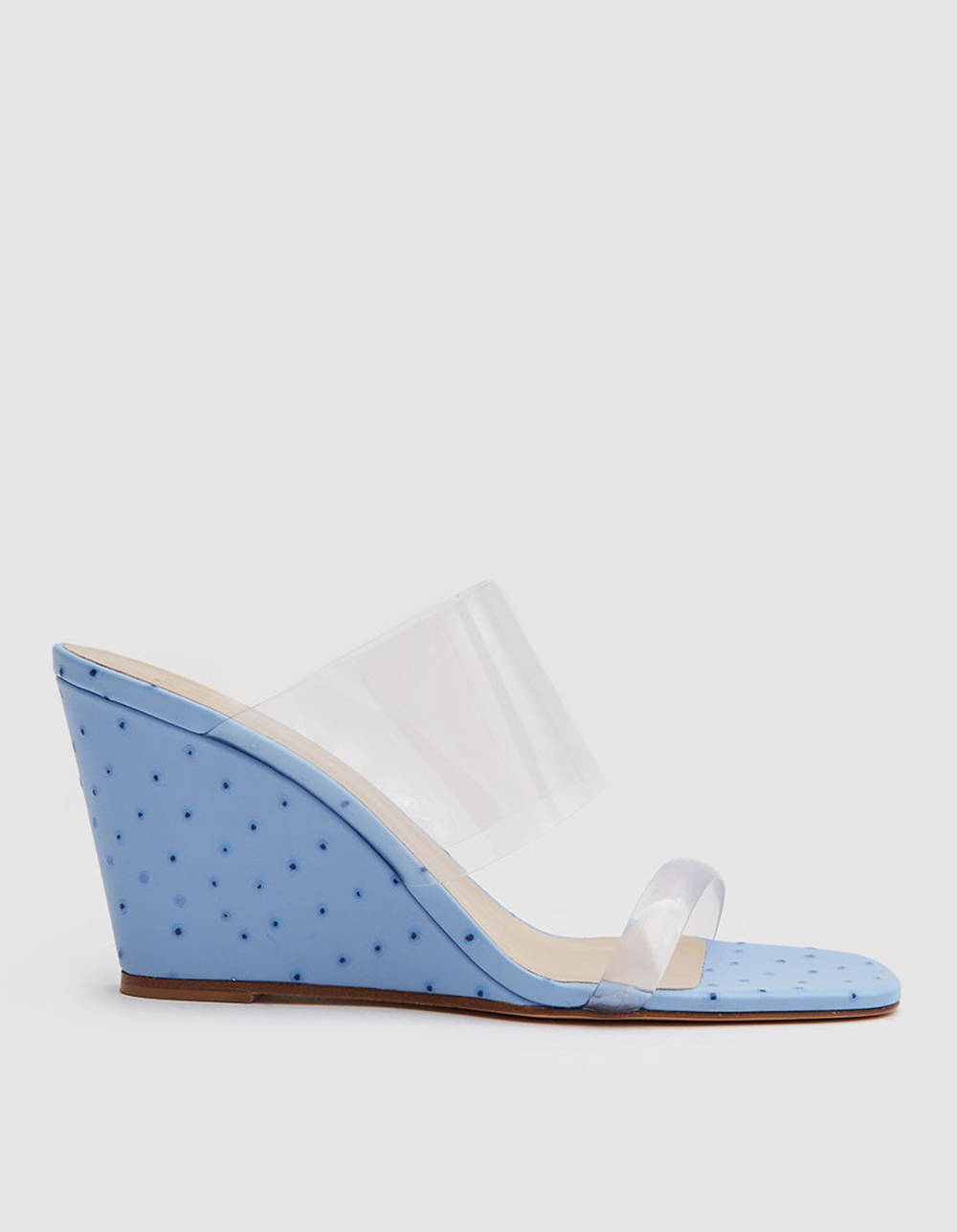 blue ostrich wedges | @themissprints