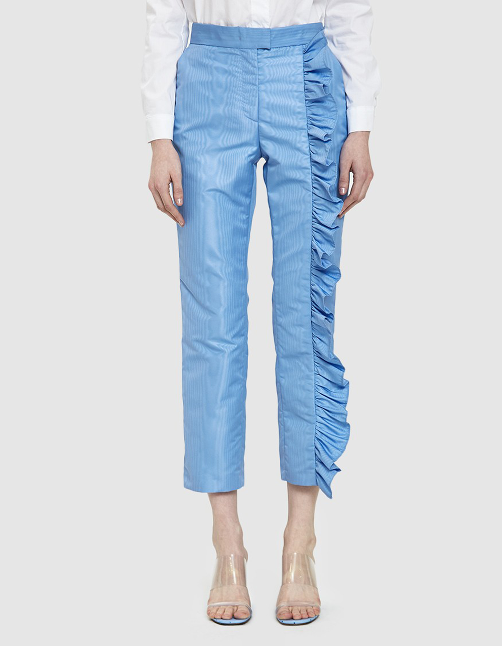 blue ruffle pant | @themissprints