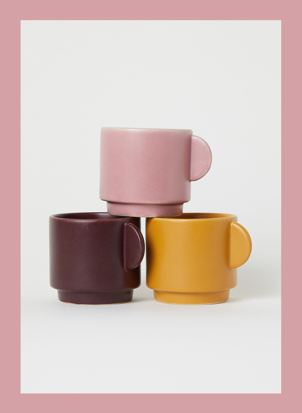 9-modern-mugs-in-three-colors.png