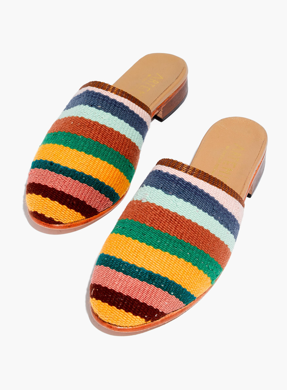 18 artemis-and-co-slides-from-madewell.png